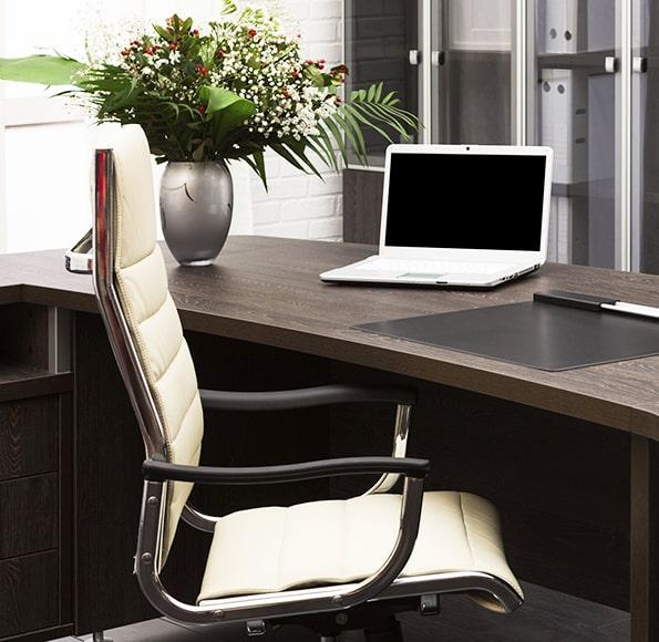 progetto-arredi-scrivanie-sedie-ufficio-studio-professionale-lecce